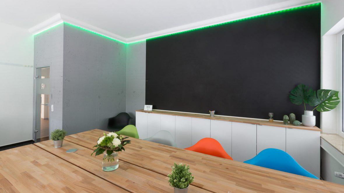 Raumgestaltung Betonoptik Hannover LED Lichttechnik Stuckdecor Tafellack Magnetwand