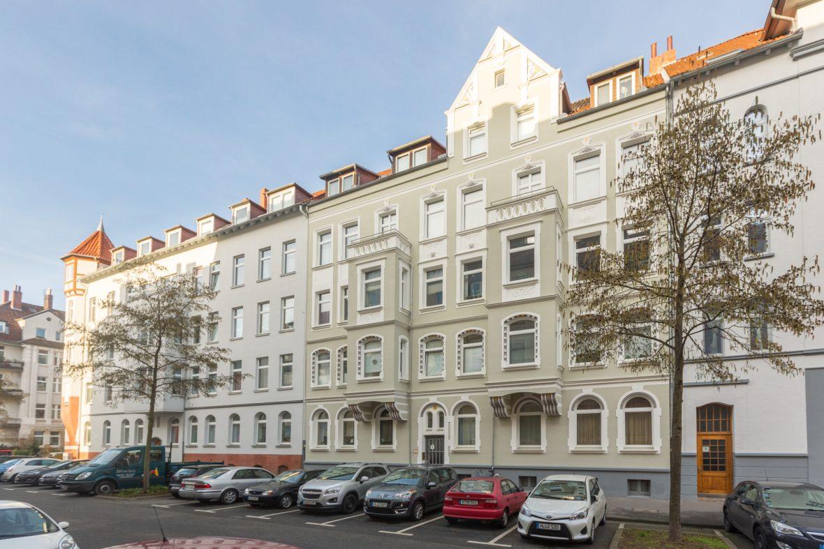 Altbau Fassade sanieren streichen Keim Farben Hannover