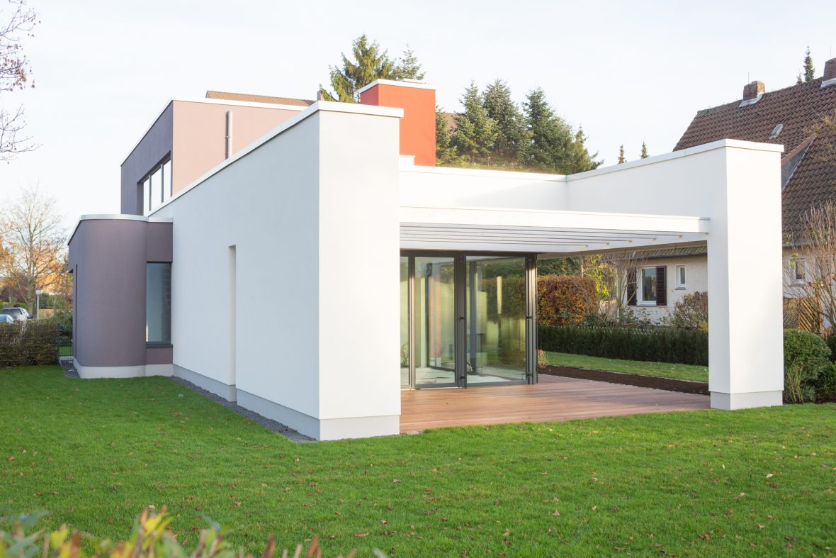 Bauhaus Fassade Waermedaemmung runde baukoerper Hannover Wedemark Burgwedel