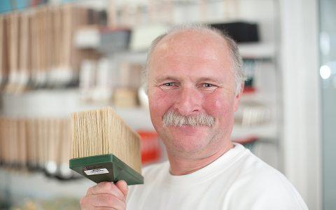 Facharbeiter Miroslav Wicinski