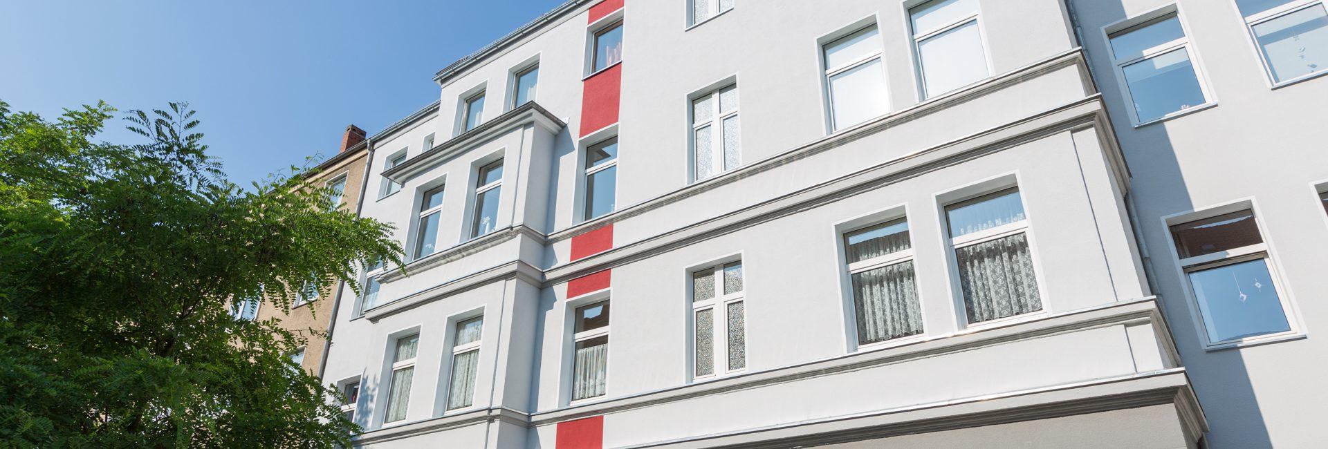 Fassade sanieren streichen Stilfassade Hannover Keim Farben in Sehnde