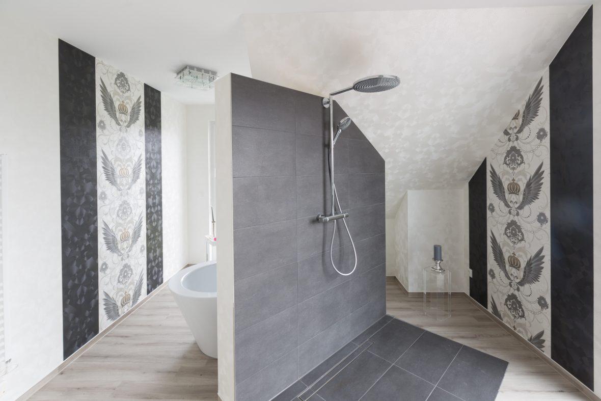 Gloeoeckler Tapeten Hannover Malerarbeiten Badezimmer