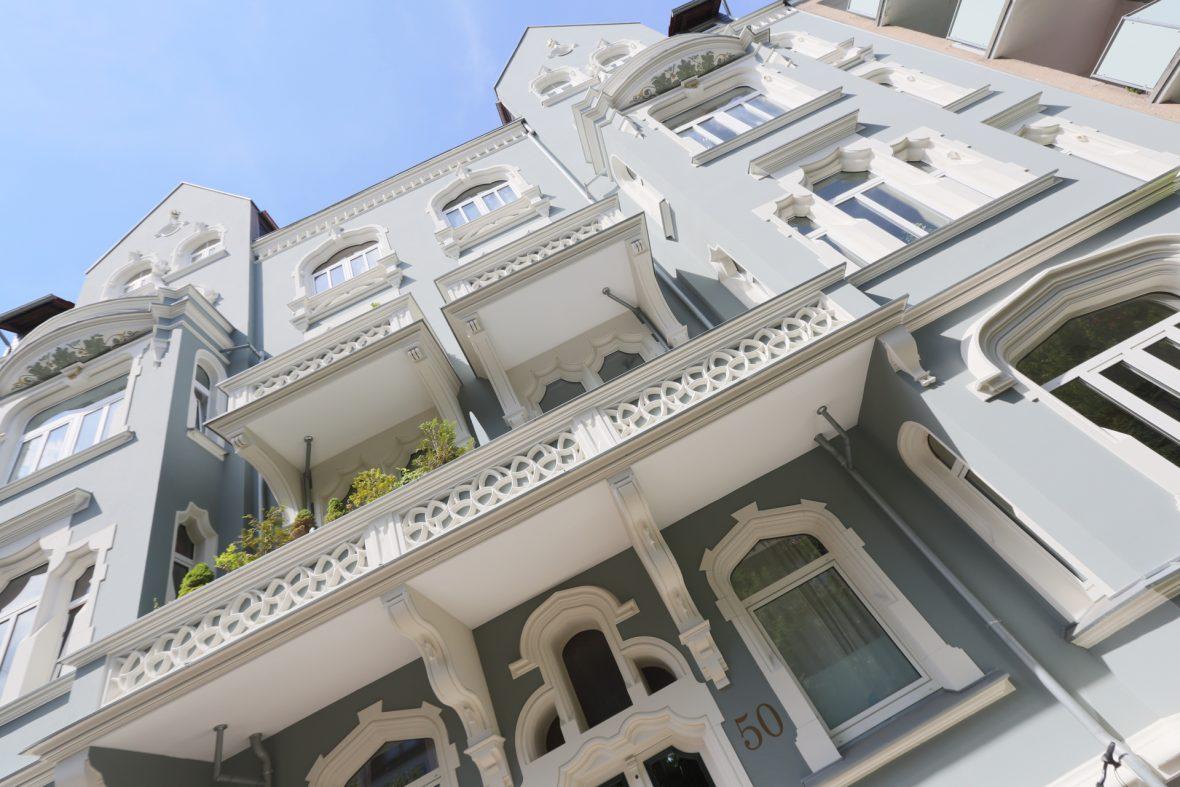Green Lady Stuckfassade Stilfassade Altbau streichen sanieren Hannover