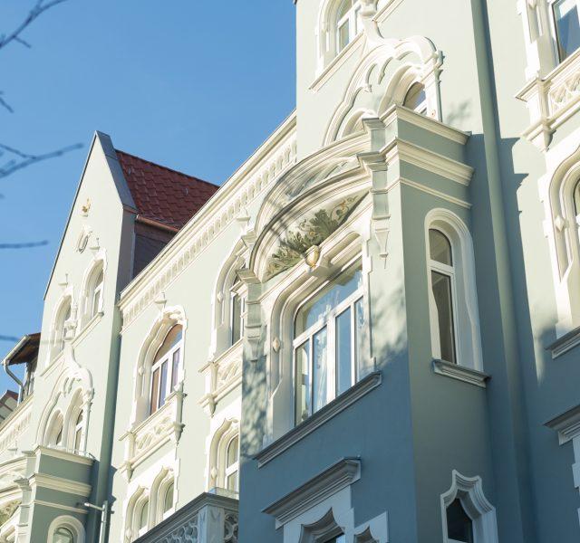 Green Lady Stuckfassade Stilfassade streichen sanieren Hannover