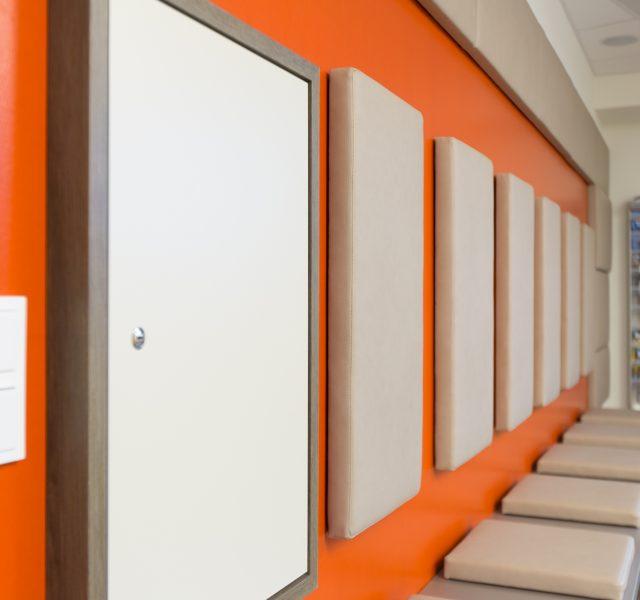 Orange Waende Malerarbeiten Lackierarbeiten Hannover Wedemark Burgwedel