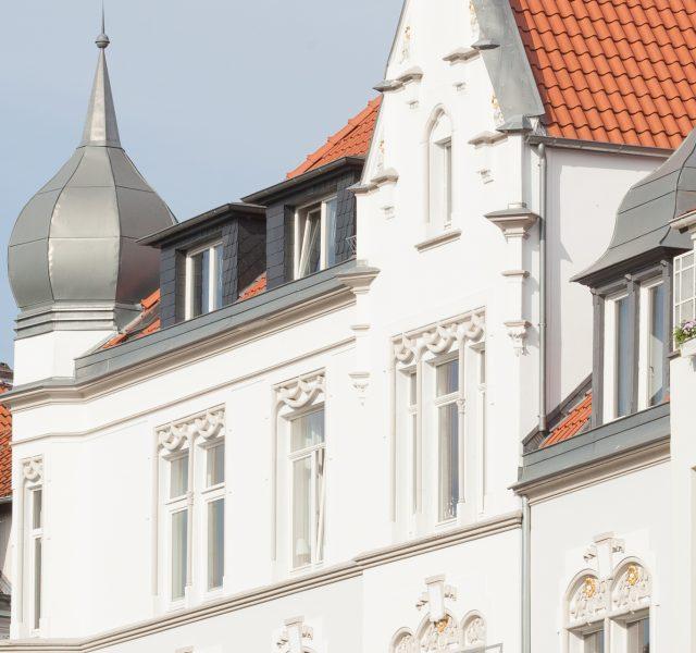 Stilfassade Altbau Fassade sanieren streichen Hannover Wedemark Burgwedel Keim Farben