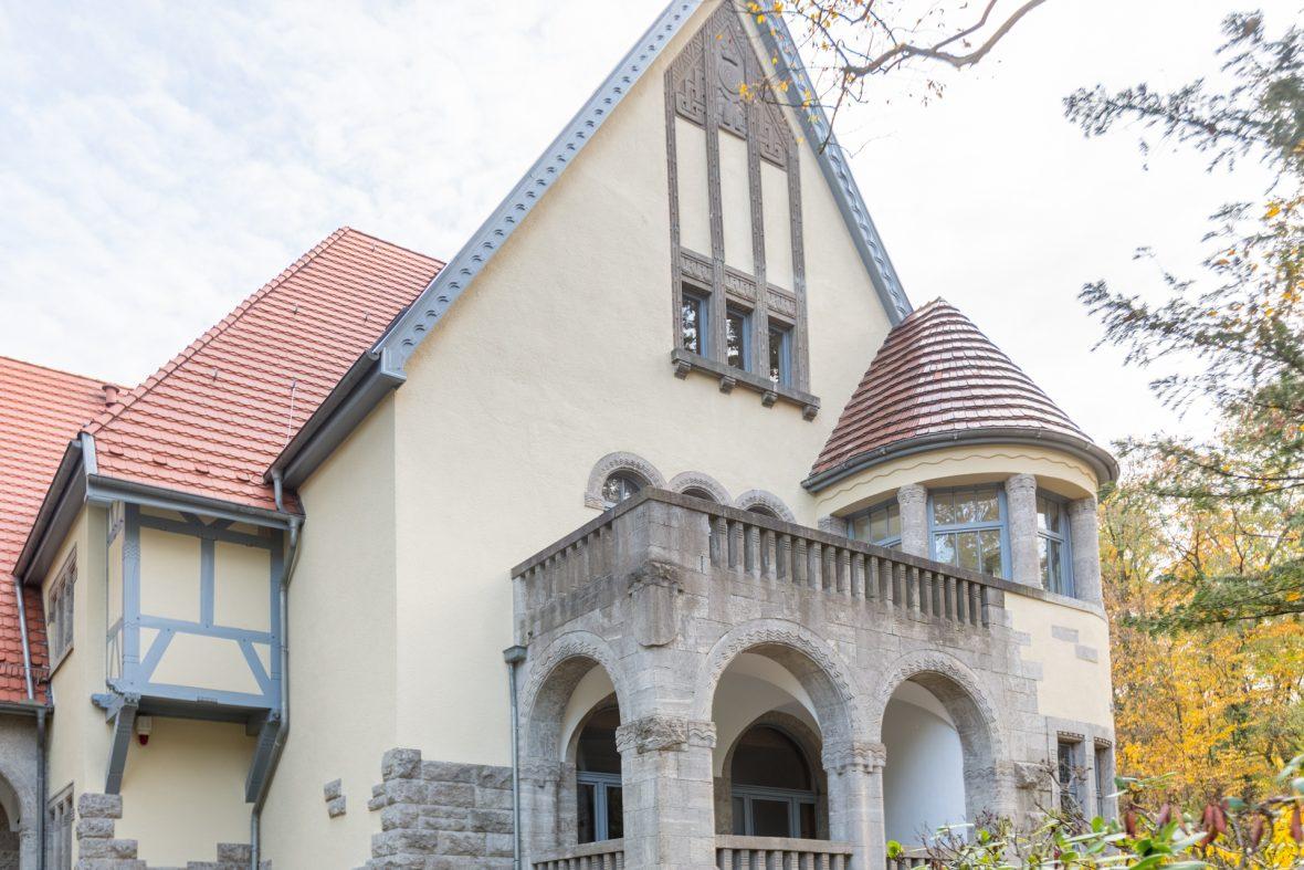 Villa Haase Hannover Denkmalschutz Hannover Fassade streichen