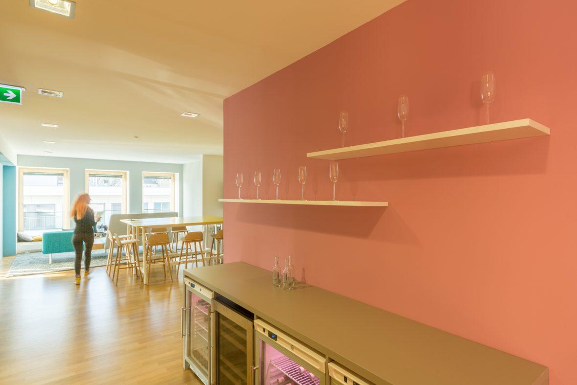 Wand streichen rose pink Malerarbeiten Hannover