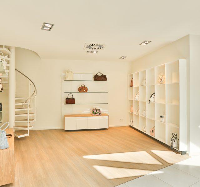 Weisse Waende streichen Buero Shop Malerarbeiten Hannover Wedemark Burgwedel