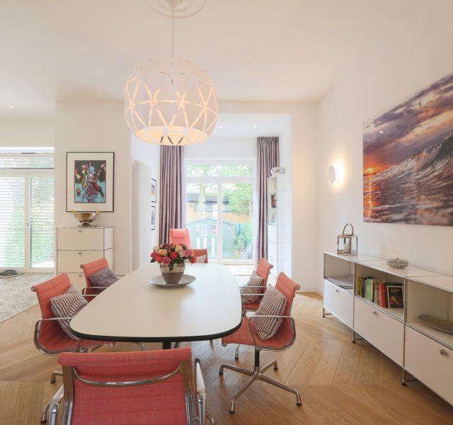 Wohnzimmer streichen Malerarbeiten Altbausanierung Hannover Burgwedel Wedemark