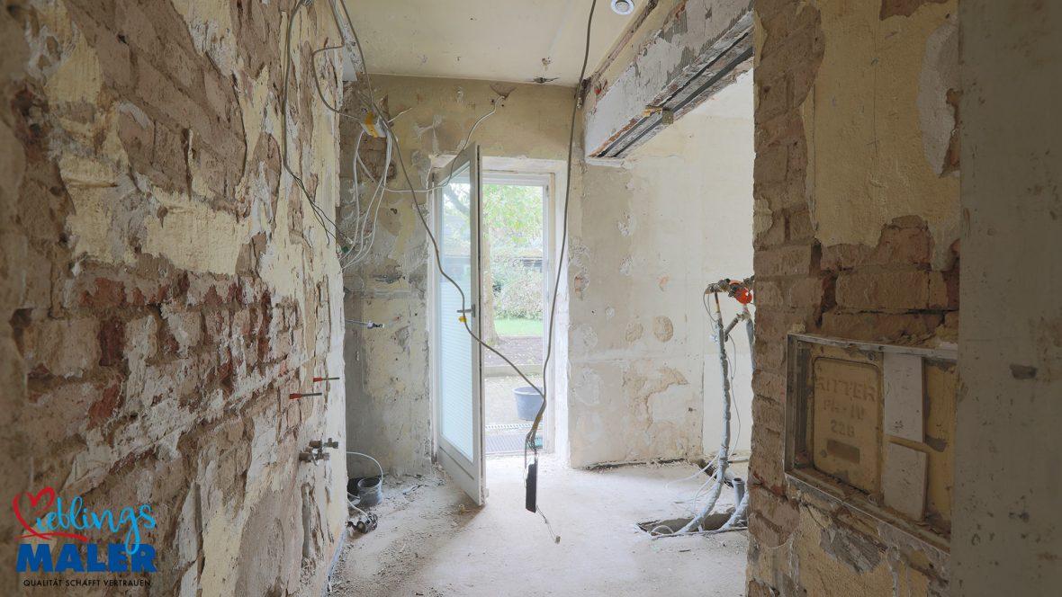Sanierung Altbausanierung Malerarbeiten Hannover Fugenlos Spachteltechnik Bad Badezimmer vorher 02